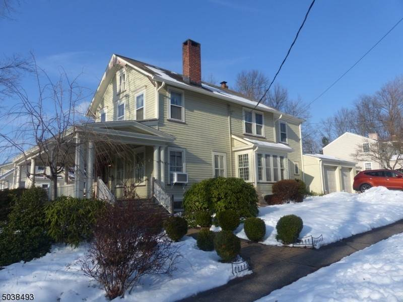 Single Family Homes por un Venta en 3 HILLSIDE Avenue Caldwell, Nueva Jersey 07006 Estados Unidos