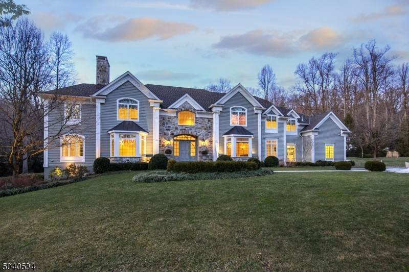 Single Family Homes for Sale at 20 JOCKEY HOLLOW Road Bernardsville, New Jersey 07924 United States