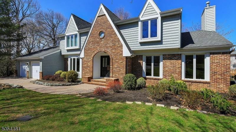 Single Family Homes for Sale at 15 Mary Court Berkeley Heights, New Jersey 07922 United States