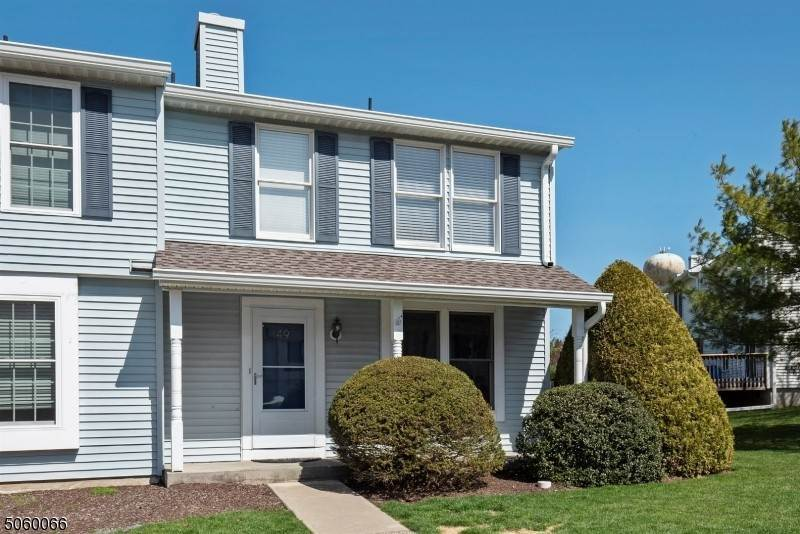 Condominio / Townhouse per Vendita alle ore 49 Constitution Way Franklin, New Jersey 07416 Stati Uniti