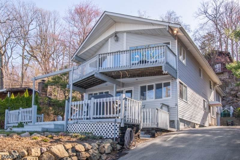 Single Family Homes for Sale at 72 Shore Avenue Greenwood Lake, New York 10925 United States