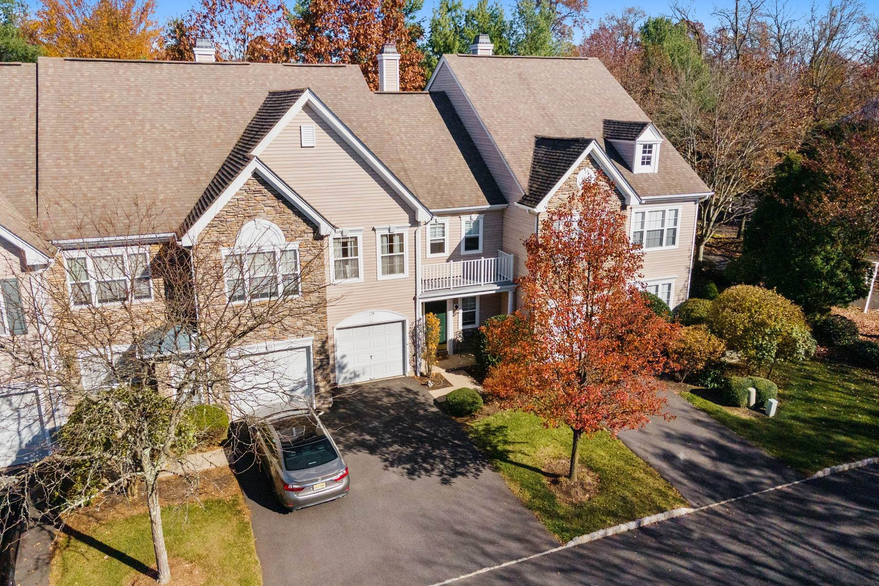 townhouses for Sale at Hamilton Ridge Townhome 29 Musket Drive Basking Ridge, New Jersey 07920 United States
