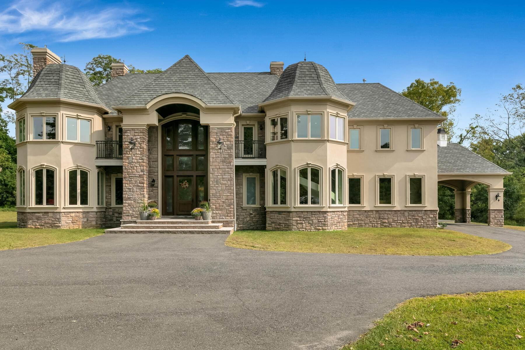 Single Family Homes for Sale at Custom Built to Perfection! 64 Crine Road Colts Neck, New Jersey 07722 United States