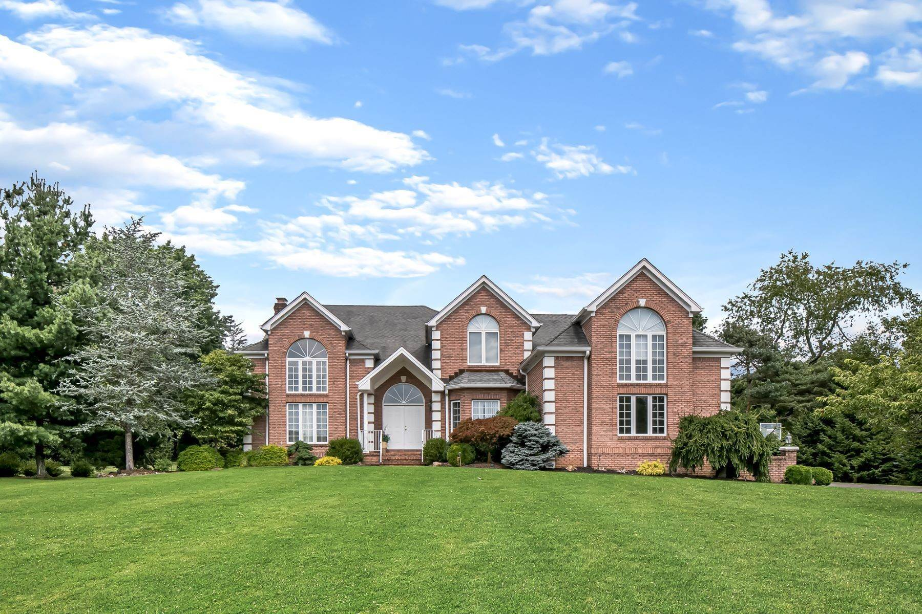 Single Family Homes for Sale at Magnificent Colonial 31 Beacon Hill Drive Chester, New Jersey 0730 United States