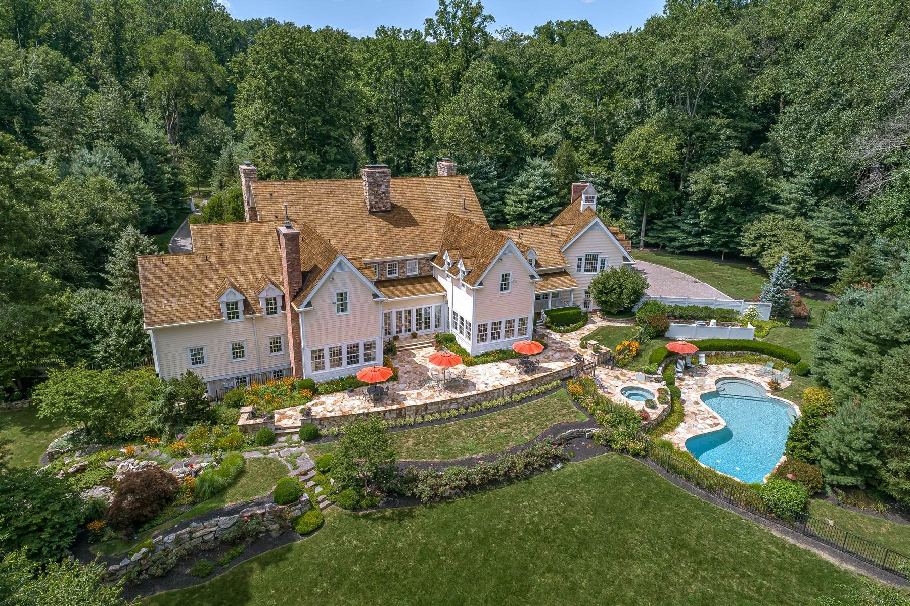 Single Family Homes for Sale at Exquisite New Vernon Estate 42 Kennedy Lane Harding Township, New Jersey 07976 United States