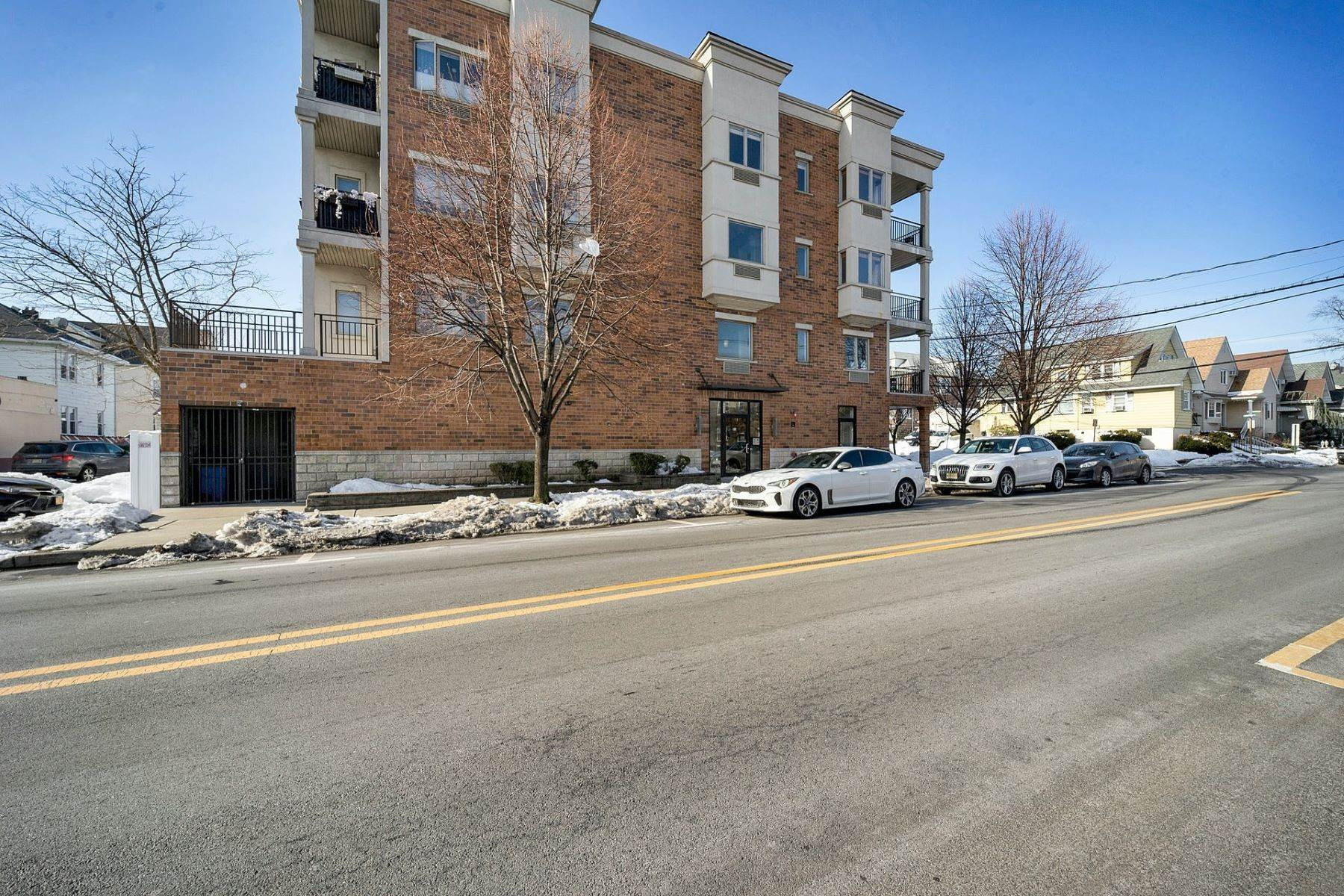 Condominiums for Sale at 93 Palisade Ave 2A, Cliffside Park, NJ 07010 93 Palisade Ave., 2A Cliffside Park, New Jersey 07010 United States