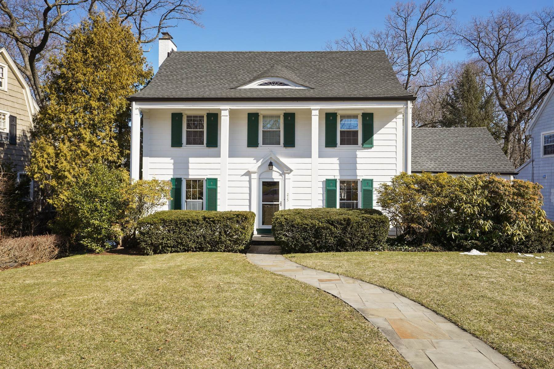 Single Family Homes for Sale at Perfect In Every Way! 215 Forest Avenue Glen Ridge, New Jersey 07028 United States