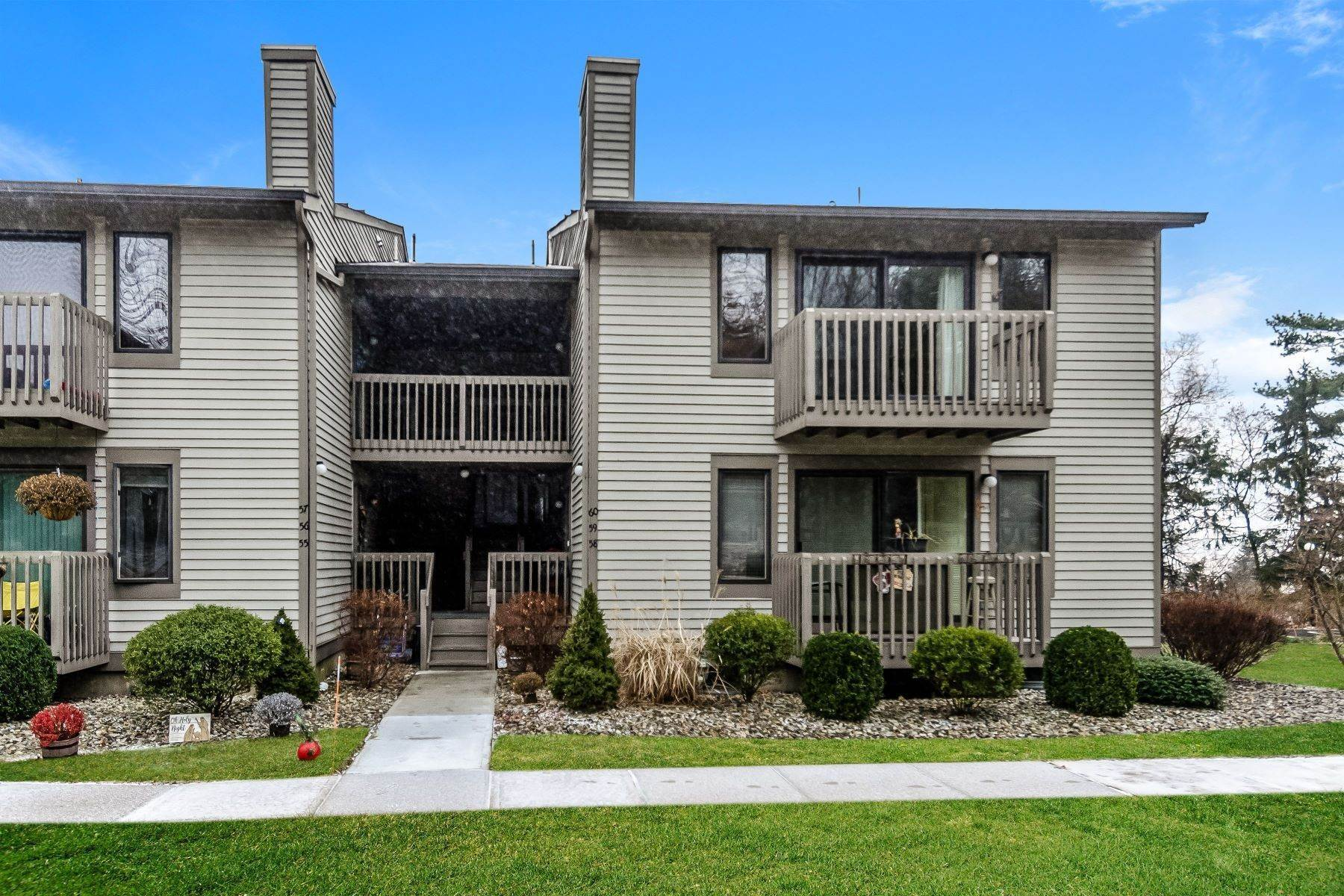 Condominiums for Sale at Just the Right Size 60 Sam Bonnell Drive Clinton, New Jersey 08809 United States
